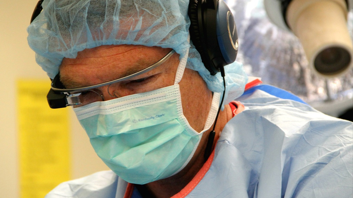 UCSF First in Nation For Approval To Use Google Glass in Surgeries