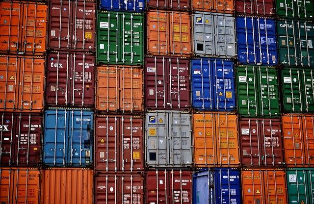 Is Docker and Containers The Future of Big Data in Healthcare?