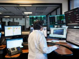 VA, Philips to Create World's Largest Tele-Critical Care System for Veterans
